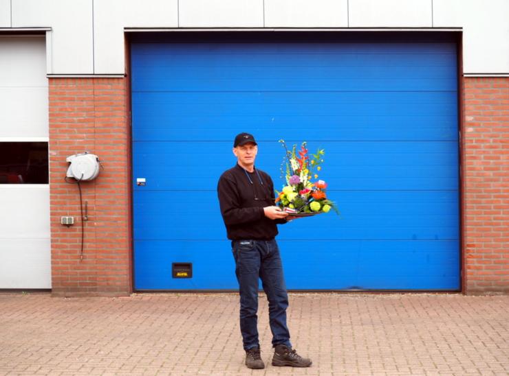 Garage van Beek - bloemen Hamu